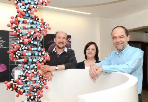 Drs. John Bond and Lisa Smith and Sir Alec Jeffreys head up a new forensic science institute. (University of Leicester)
