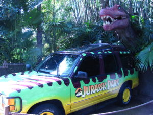 1024px-Jurassic_Park_4WD_and_dinosaur_at_Islands_of_Adventure